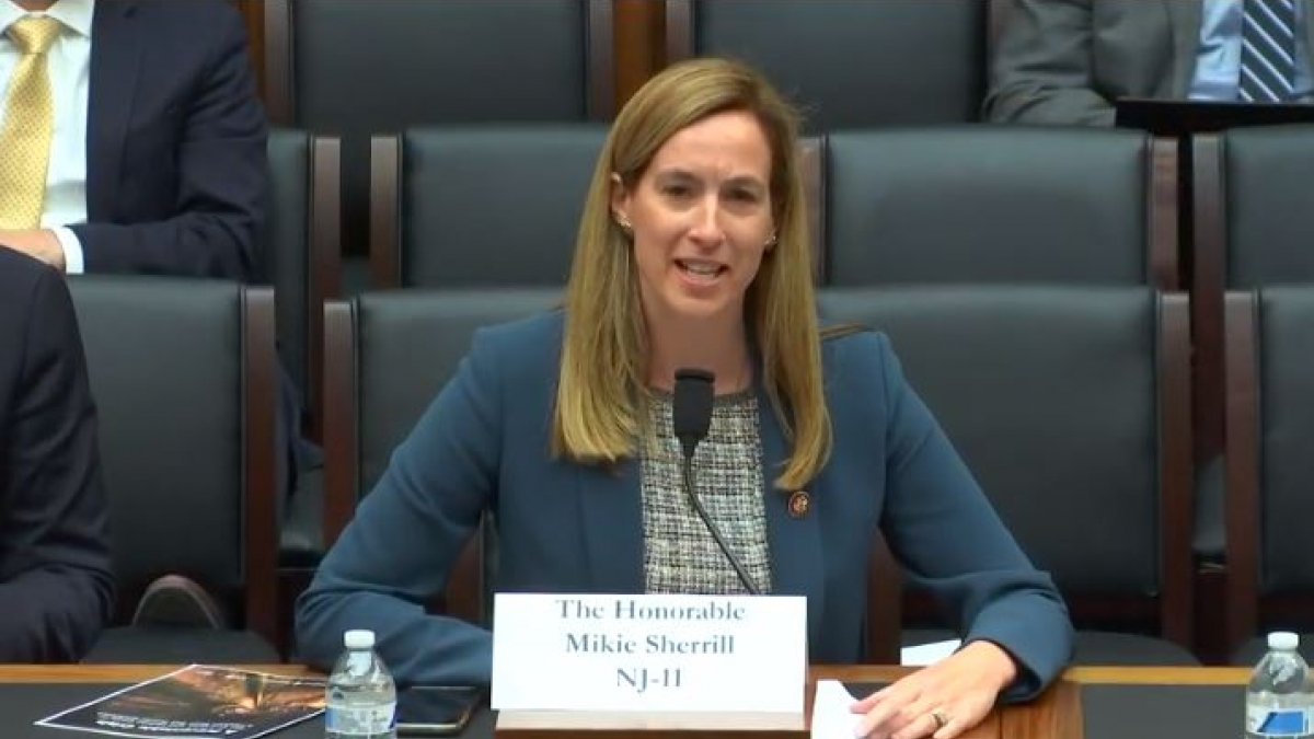 Representative Sherrill testifies in front of the Transportation and Infrastructure Committee